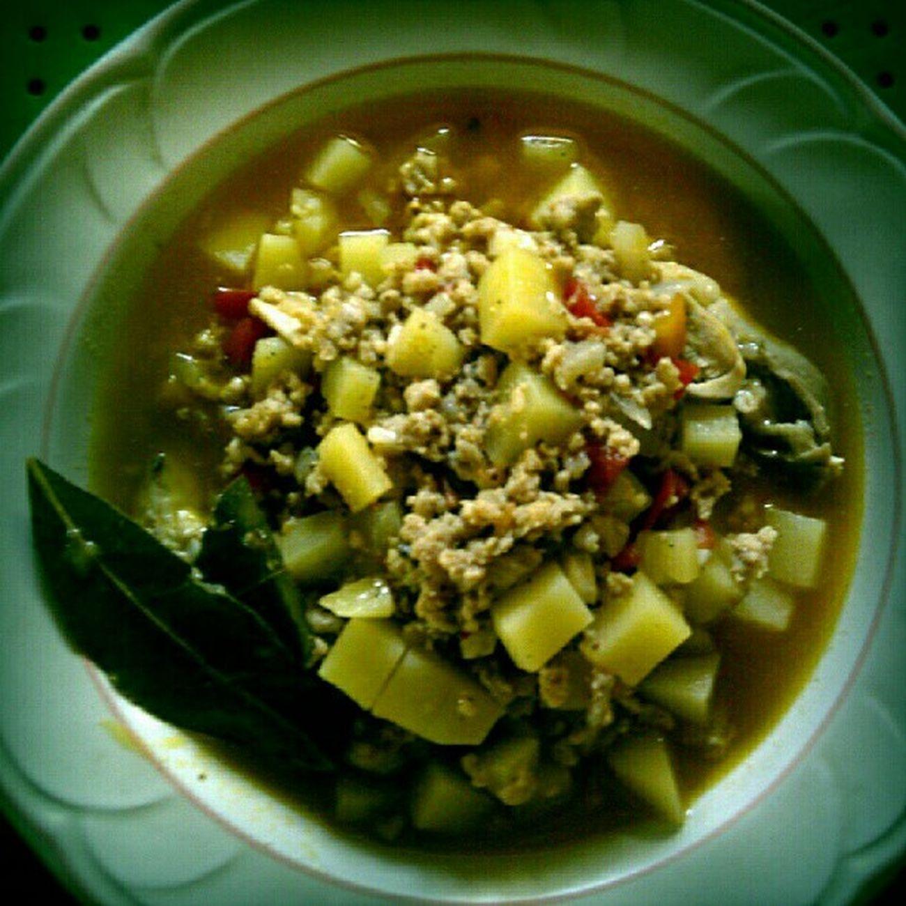 All time Favorite — Pork Picadillo Lunch Foodtrip food hornyfood foodgasm potato ilovetocook cook koronadal iloilo