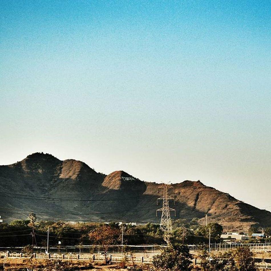 Let's get lost in these mountains. 💙 Nikond3200 Planhatke Thehatke TIBMeet InkBucket Simplicityeverywhere Exs_landscape