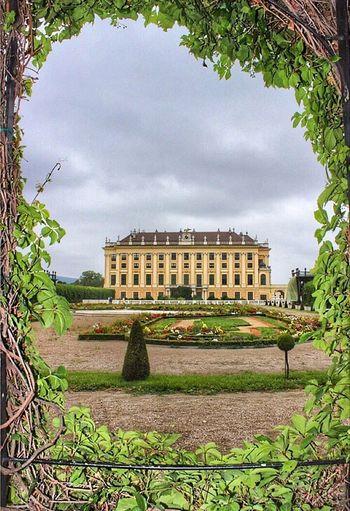 Schönbrunn Vienna Austria Hello World Bestoftheday EyeEm Best Shots Wanderlust Palace Clouds And Sky Schloß Schönbrunn