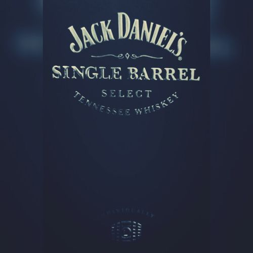 Gangsters Paradise Whiskey Singlebarrel Jackdaniels No gangster without a bottle of whiskey