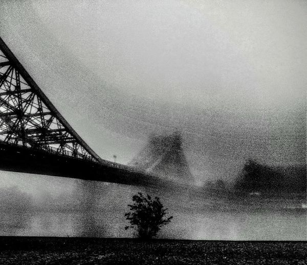 Die Brücke am Übergang.