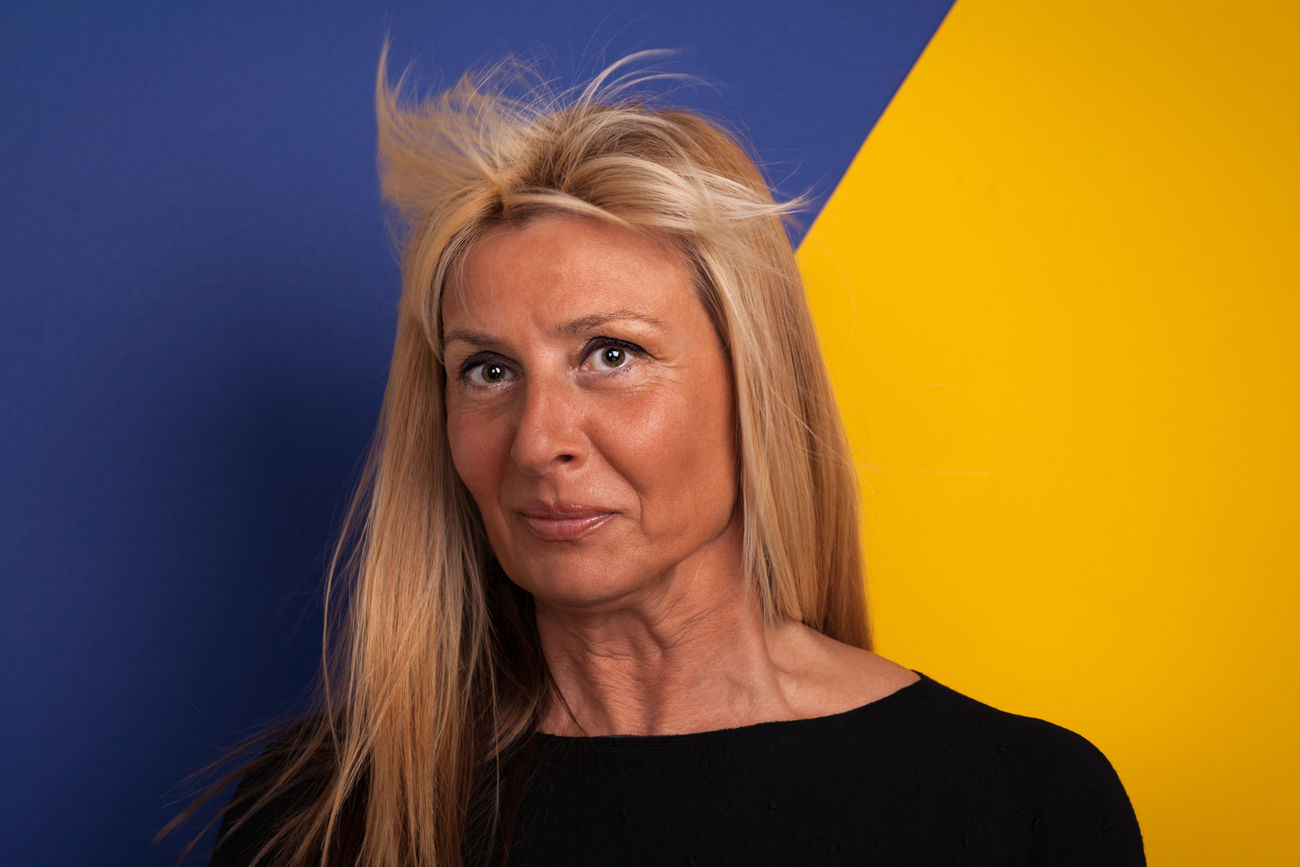 Good Looking Mature Woman With a Funny Facial Expression Attractive Beautiful Woman Blond Hair Colored Background Expression Fun Funny Funny Faces Lady Mature Adult Mature Women Middle-aged One Person People Person Suprize Woman Woman Portrait