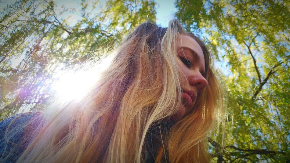 Dramatic Angles Let Your Hair Down What Who Where Enjoy The New Normal The Female Gaze Portrait Portrait Of A Woman Sunshine Through The Trees Sunshine Through The Tree Model In The Sunshine In The Sunshine Model Samsung Galaxy Note 4 Android Photography Camden Lock London Colour Of Life