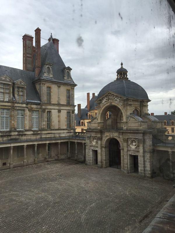 Architecture Château Fontainebleau Château De Fontainebleau Through The Window Showcase August