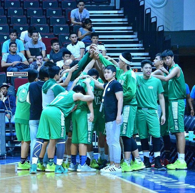 CSB-LSGH Greenies thump Lyceum Junior Pirates for the second time in a row, 88-71 to clinch final four ticket in the juniors division, Tuesday at the SM Mall of Asia Arena 🏀 . . . NCAA Ncaa91 Ncaaseason91 CSBvsLPU juniors csb benilde LSGH greenies onelasalle hoop ballers ballislife basketball themanansala