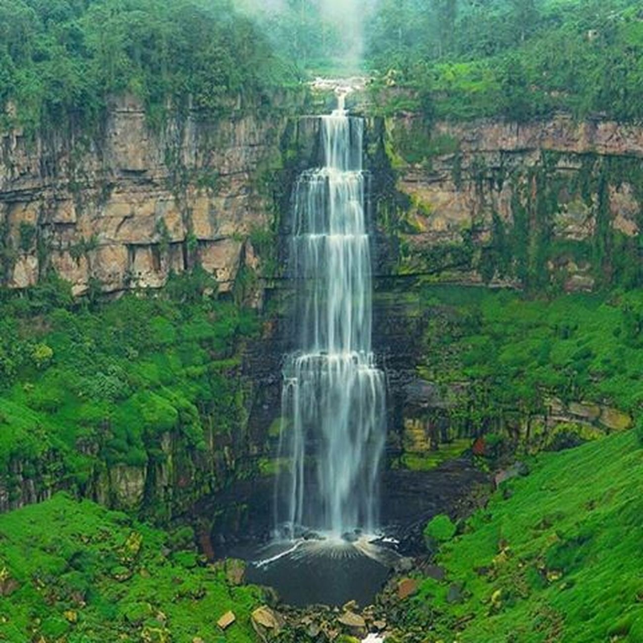Waterfall Water Scenics Outdoors Motion Beauty In Nature Nature No People Tourism Long Exposure Travel Destinations River Green Color Day Moss Rapid Forest Grass Tree