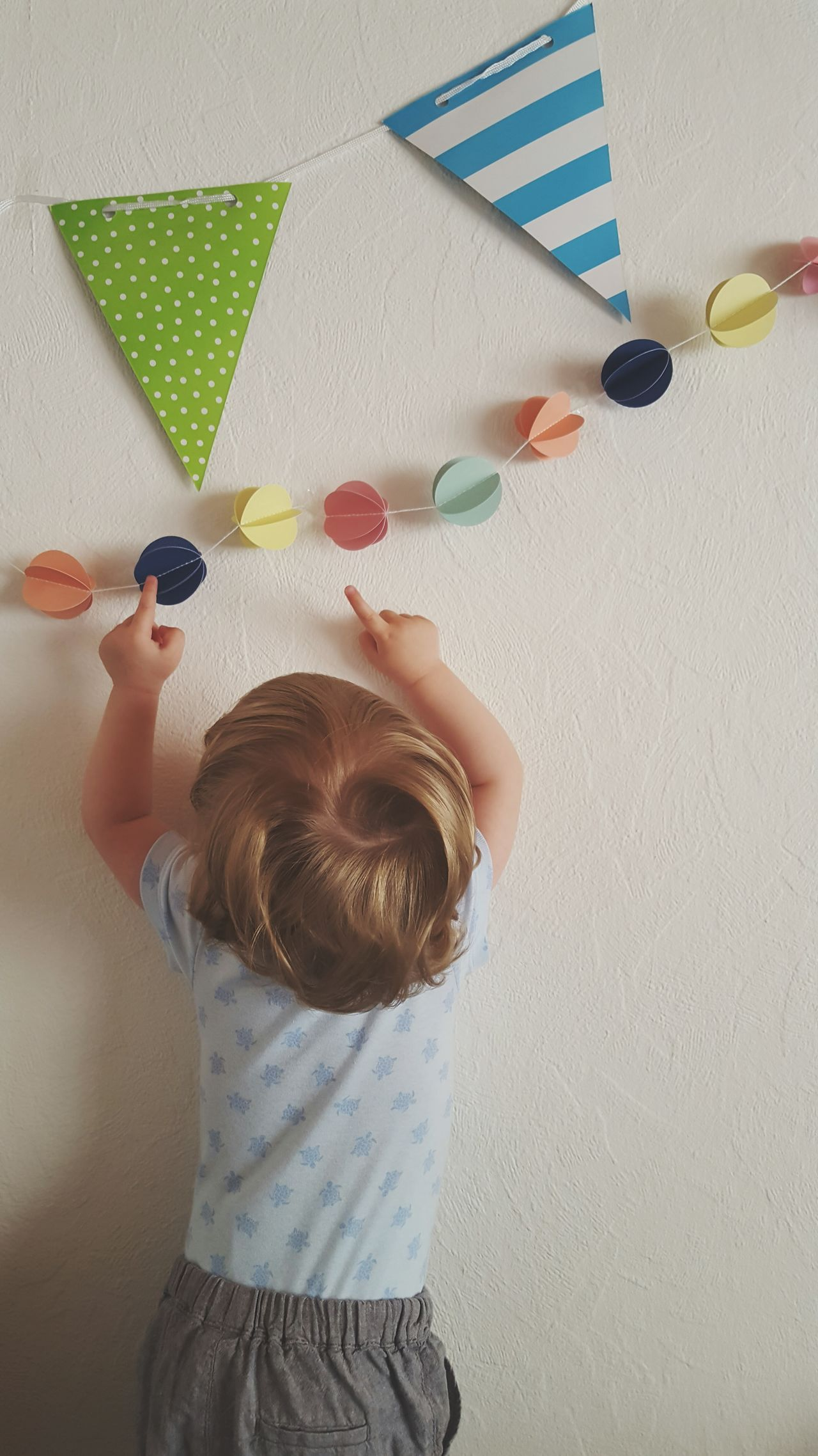 Wooow Childhood Casual Clothing Children Only Standing Multi Colored Thank You Birthday Birthday Present Close-up Pointing Fingers White Background Happy Decoration Toddler  Toddler  Hand Interior Design Garlands Colorful Stripes Pattern Baby Fingers Excitement Human Body Part Human Hand Candles