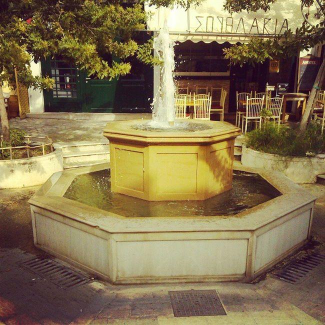 Kalamata Water Plateia_amfeias Square
