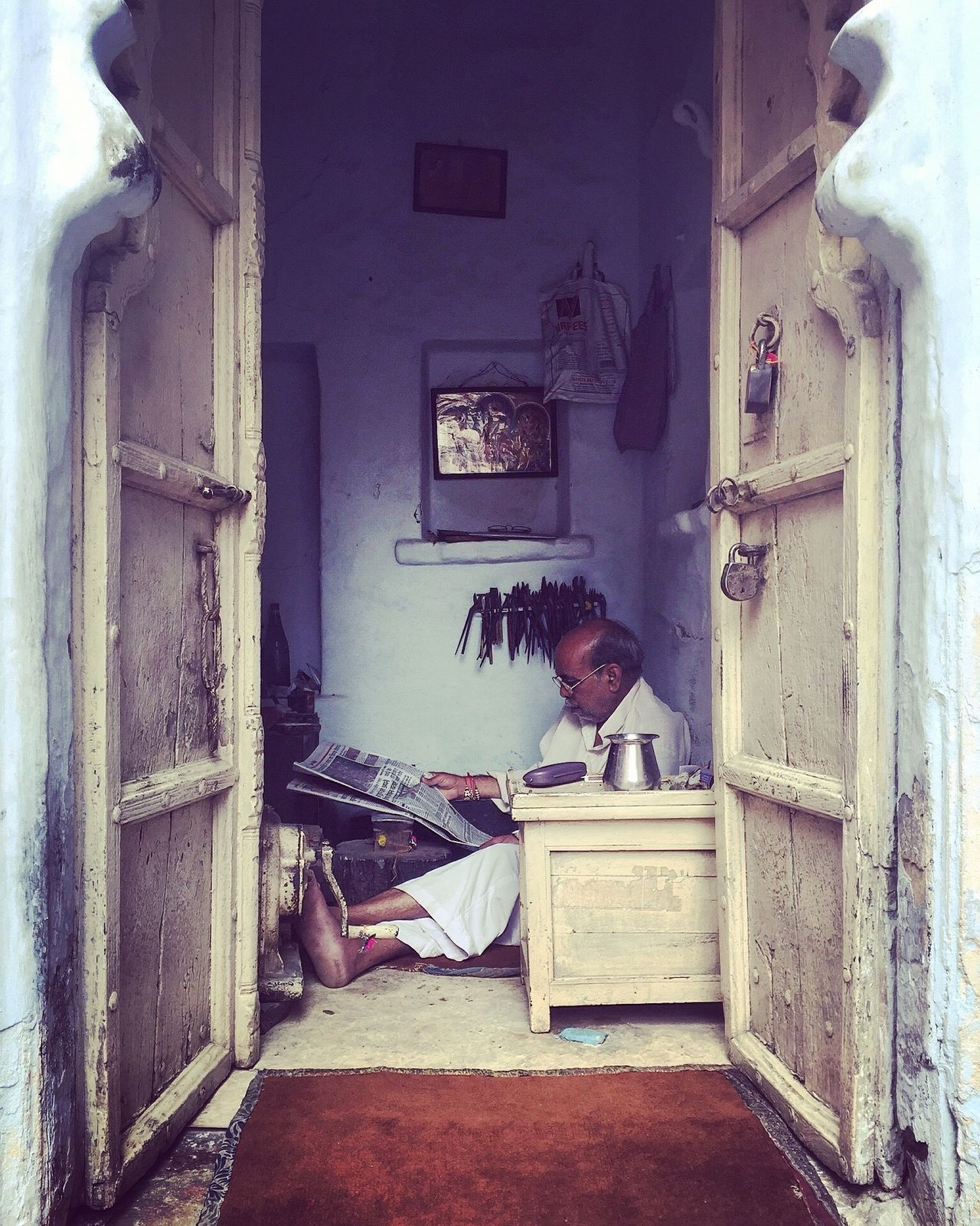 The Street Photographer - 2016 EyeEm Awards Sat Down Reading The Paper Indian Culture  Indian People Traditional Culture India Relaxing Streetphotography EyeEm Cultures EyeEm Best Edits EyeEm Best Shots People Of EyeEm EyeEmBestPics EyeEm Gallery Lifestyles Indian Man Small Business Going Unnoticed Udaipur Streets Of India Casual