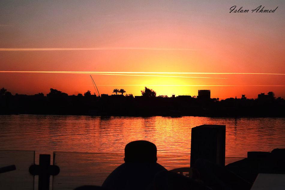 Cairo Day Out Dusk Dusk Sky Nile Nile River Sky Sunset #sun #clouds #skylovers #sky #nature #beautifulinnature #naturalbeauty Photography Landscape [a:13261280]EyeEmNewHere.