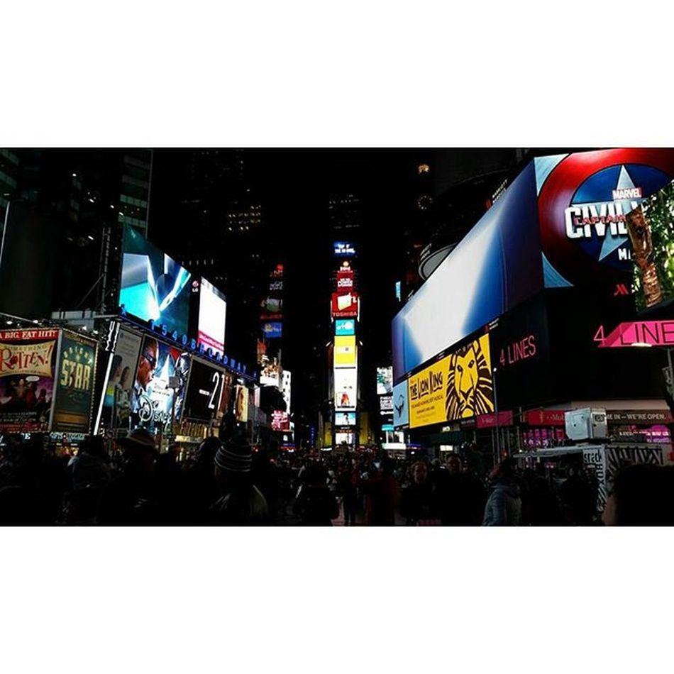 Newyork the city of Dreams !!! 🌇🌃 I'm leaving mine... 😍 NY LiveYourAdventure Newyorkcity TimesSquare Lifeiscalling Explore Travel Findyourparadise