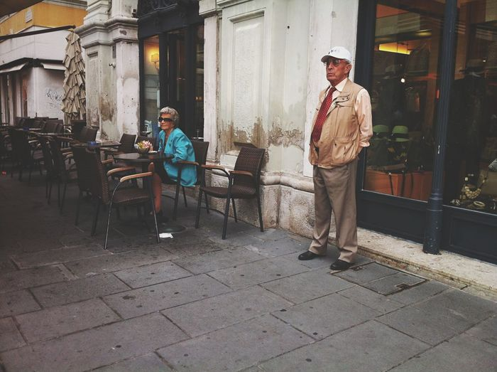 Open Edit Streetphotography The EyeEm Facebook Cover Challenge Streetphoto_color Trieste TriesteSocial Candid Love