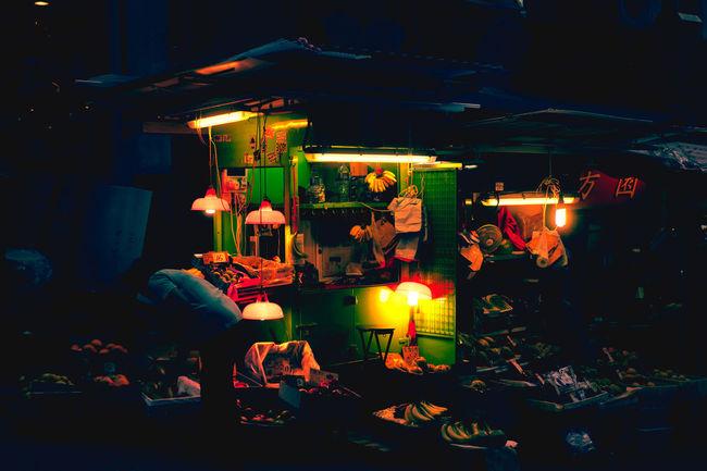 HongKong Hongkong Photos Hongkongcity Hongkonglife Hongkongnight Hongkongphotography Hongkongstreet Mood Mood Captures Moody Night Night Lights Night Photography Night View Nightphotography Street Street Photography Streetphotography WongKarwai Wongkarwaimood Wongkarwaistyle