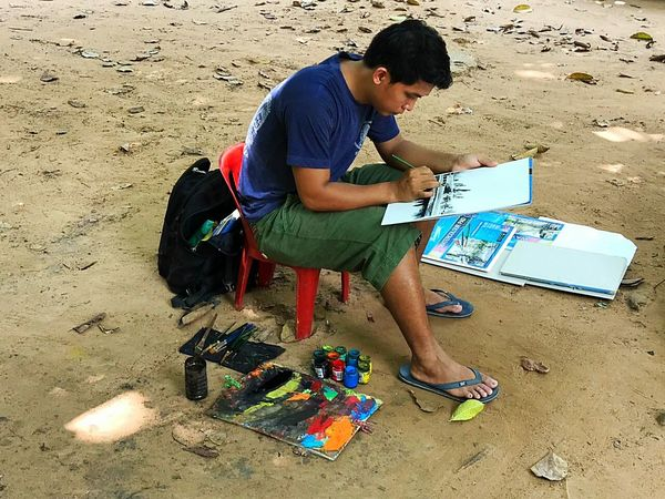Young Adult Painter - Artist Painted Image Travelgoals Solotraveler Mobilephotography Collectingmemories Travel Destination Travelphotography Outdoors Backpacker Skilled WhenInCambodia
