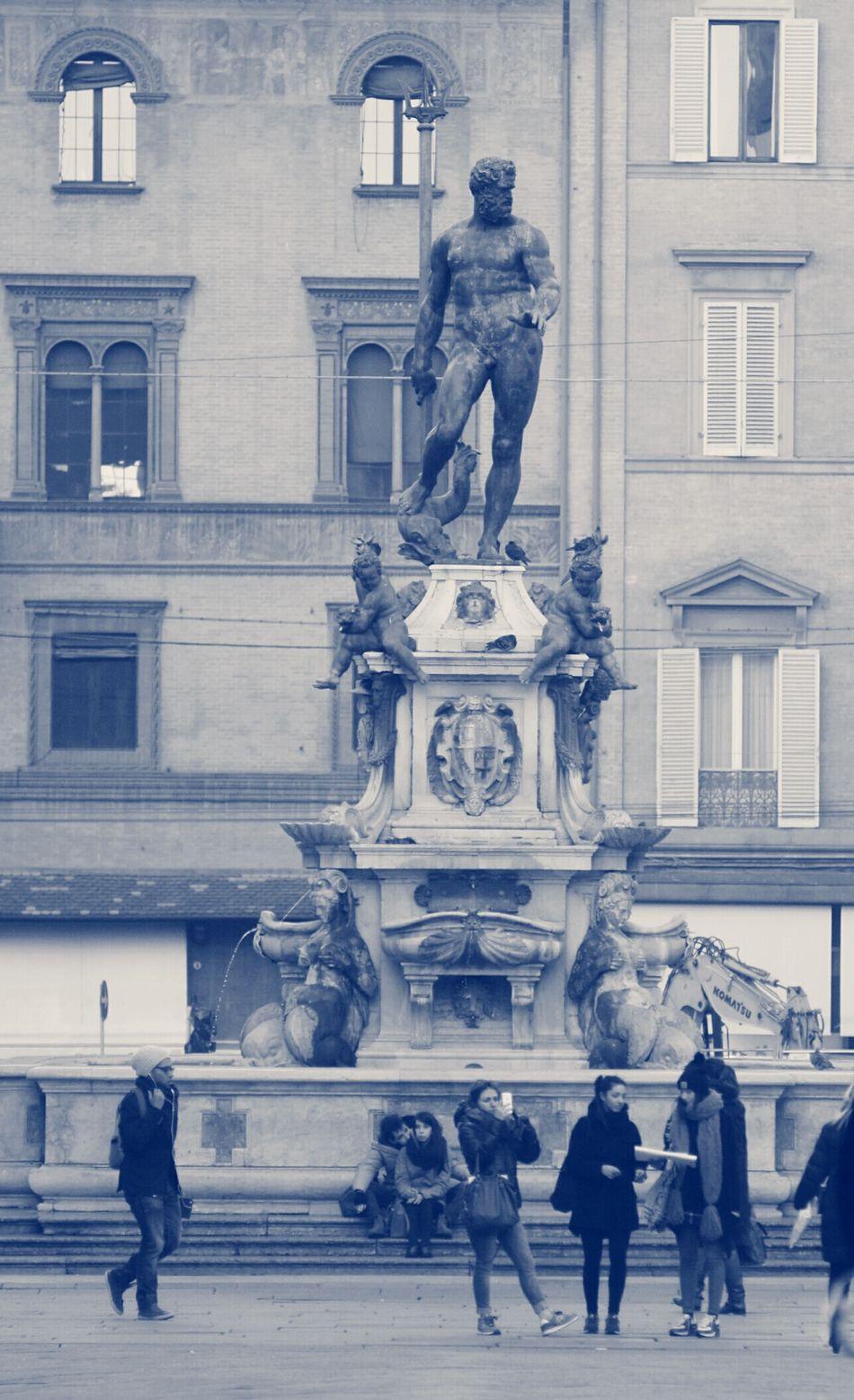 Neptune Nettuno Bologna Italy Italia Being A Typical Tourist