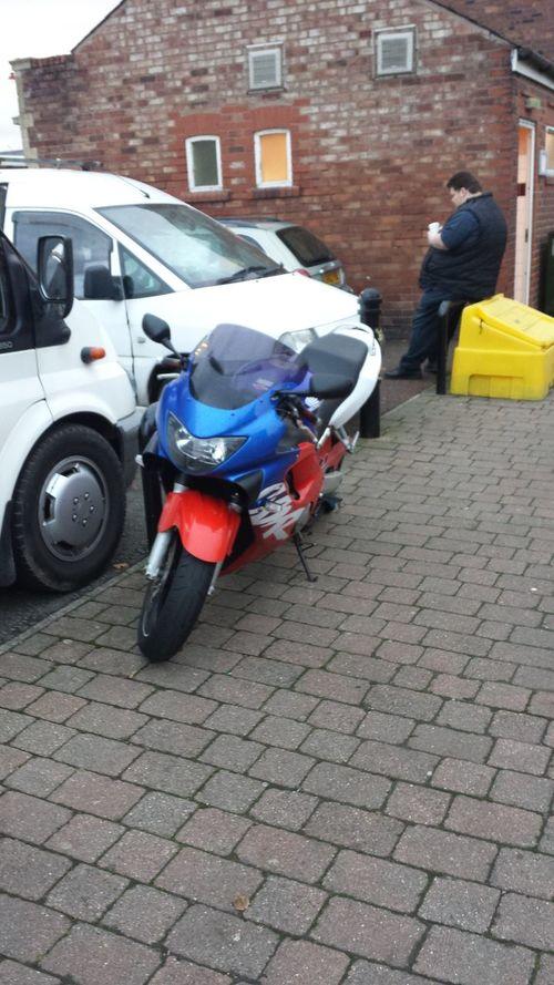 Honda cbr.. what i want to get after xmas :) Motorbike Honda Ride Safe I Love Bikes