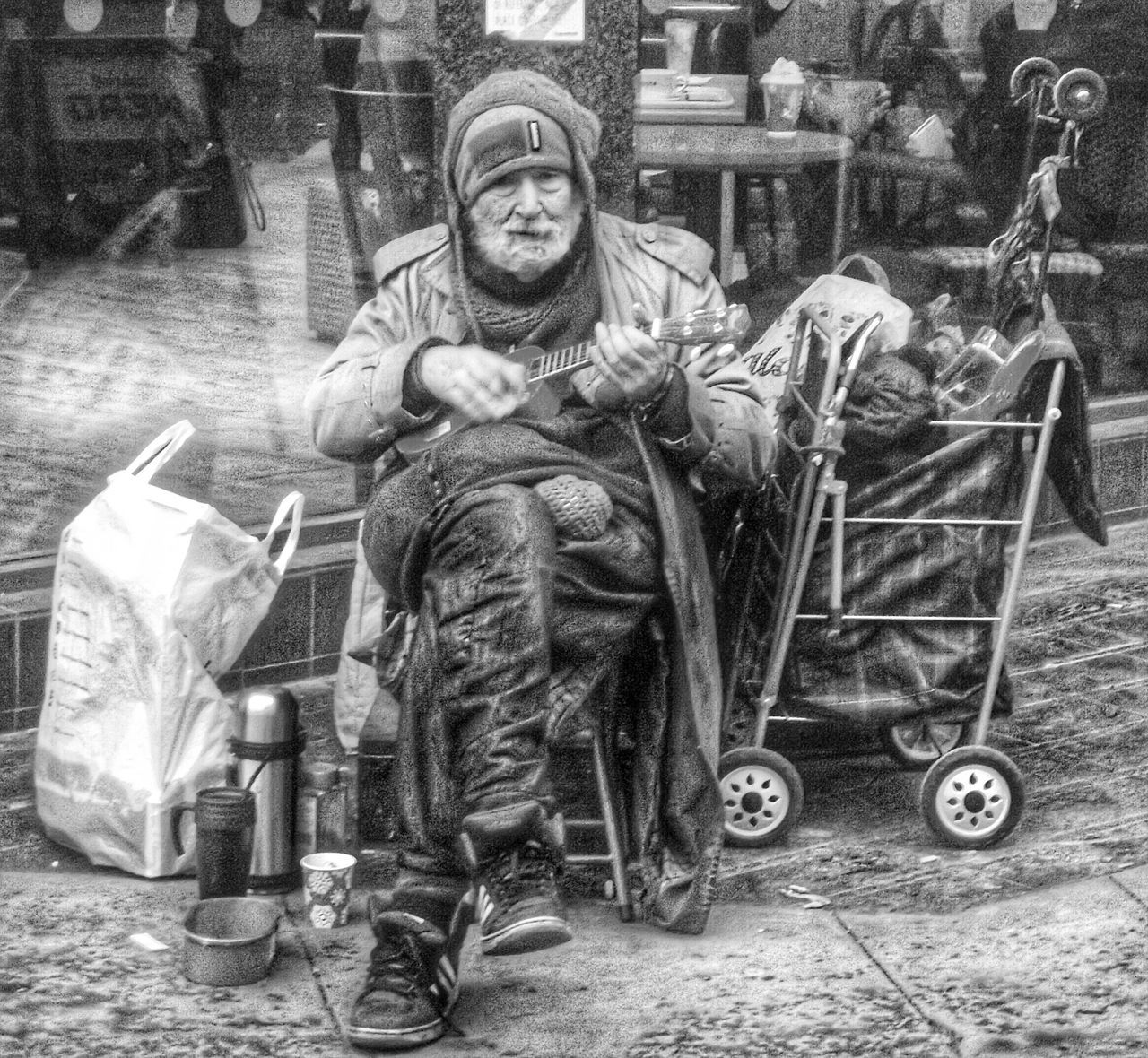 Sometimes we need to remember how lucky we are People Of Manchester People Watching Manchester My Best Photo 2015 Showcase: December Homelessness  No Filter, No Edit, Just Photography The Purist (no Edit, No Filter) Street Photography Street Life Streetlife Homeless Black And White Collection  Streetphotography EyeEm Masterclass Eyeem Black And White For The Love Of Black And White Blackandwhite EyeEm Best Shots - Black + White Black And White Photography B&w Street Photography My Favorite Photo Street Photography - EyeEm Awards 2016 Homeless Of Manchester Uk Photojournalist Eyeem 2016