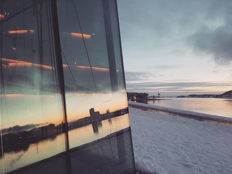 Architecture Oslo Archilovers Façade Layer Arch Sun Architecturephotography ColdLove Winter OsloOperaHouse Winterlove Architectural Photography Colourlove Reflection Water Sunset Sea Beach People Sky Outdoors Silhouette Scenics Night Tranquility Travel Destinations Beauty Shades Of Winter