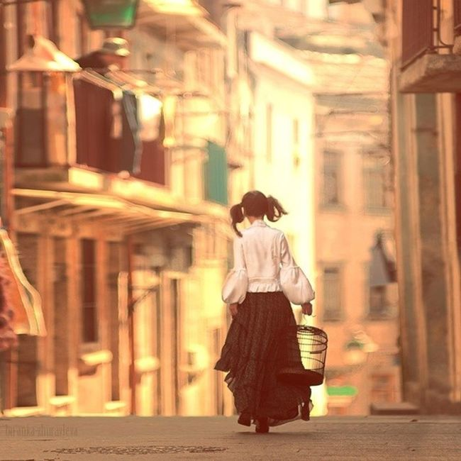 Bir kere kirilirsin,sonra hep cizikler... Serkan Cakmak - Protez Denemeler cok yakinda Kendimenot Edebiyat Fotograf Istanbul gizem dram ve kisaoykuler