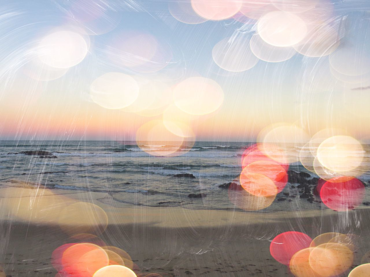 lens flare, sun, sea, sunlight, water, no people, sunset, outdoors, close-up, nature, beauty in nature, sky, day
