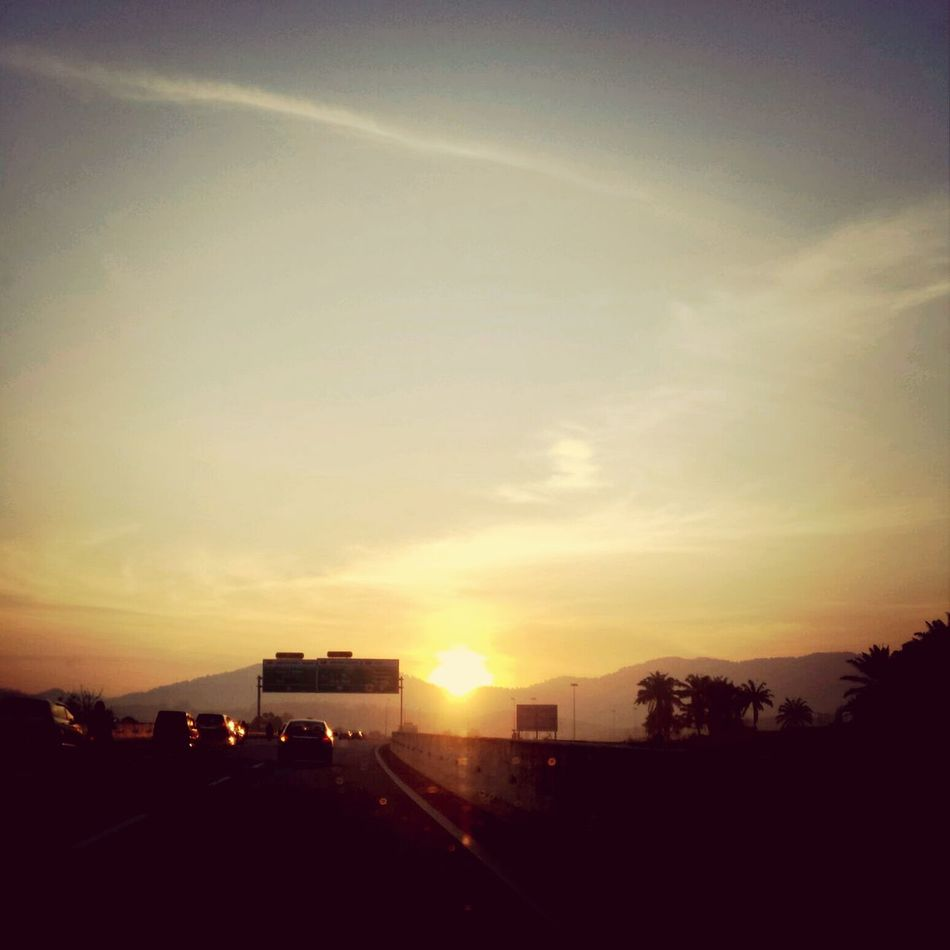 Nice view. Sunrise Selayang Latar Highway