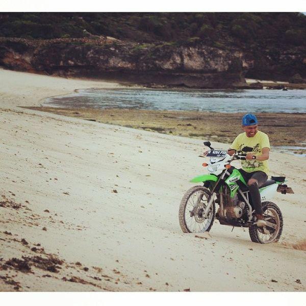 Menikmati tanangan di Pantai Boa &Nembrala. Pantai Terselatan di NKRI NembralaBeach Roteisland NTT Rote vacation trip beach laut
