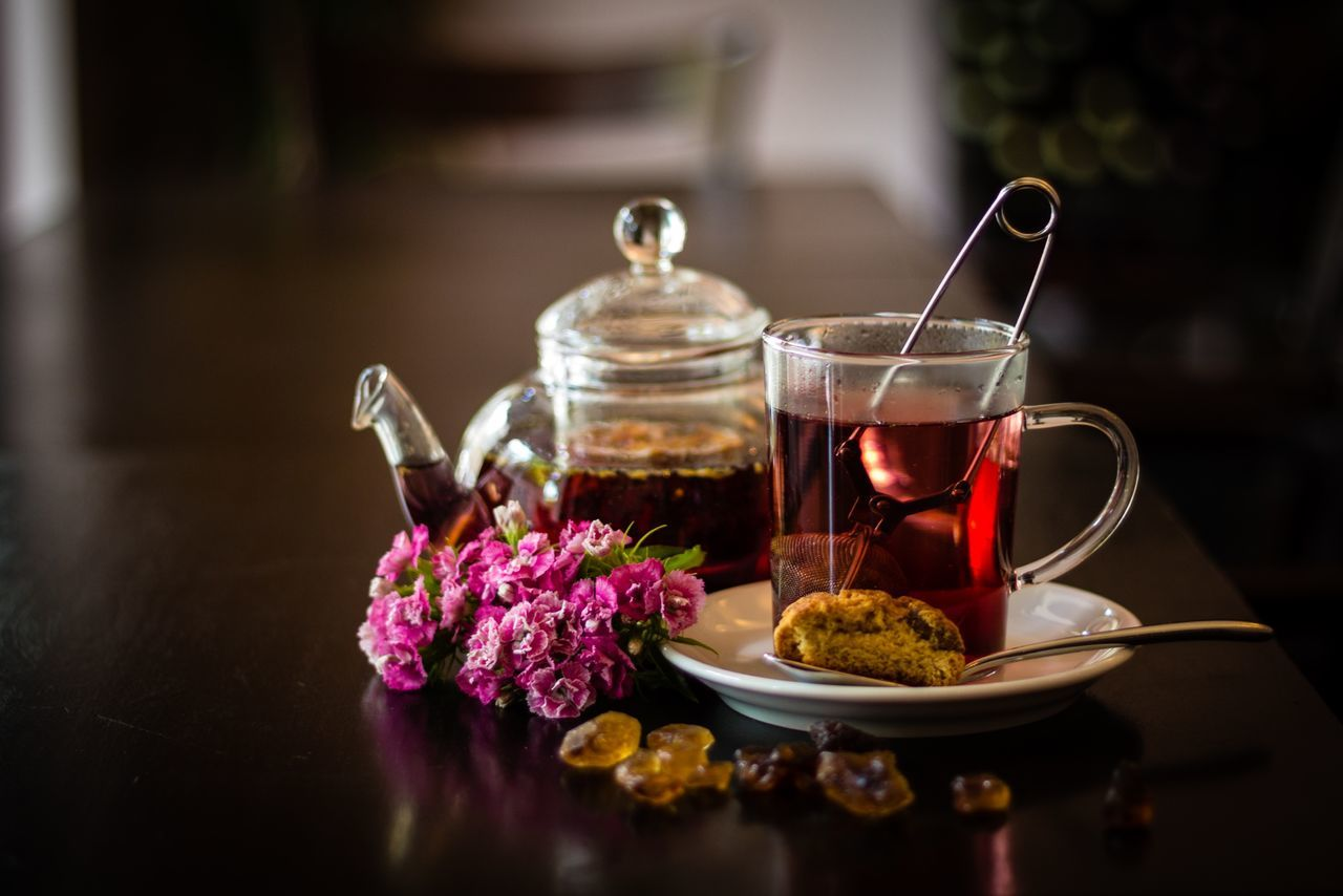 Eyeem Market Tea Teapot Cookie Teatime Breakfast Cafe Food Beverage Negative Space Tea Time Tea Is Healthy Tea Pot Fresh Tea Cookies TeaCup Beverages Hot Beverage Cafe Time Cafeteria