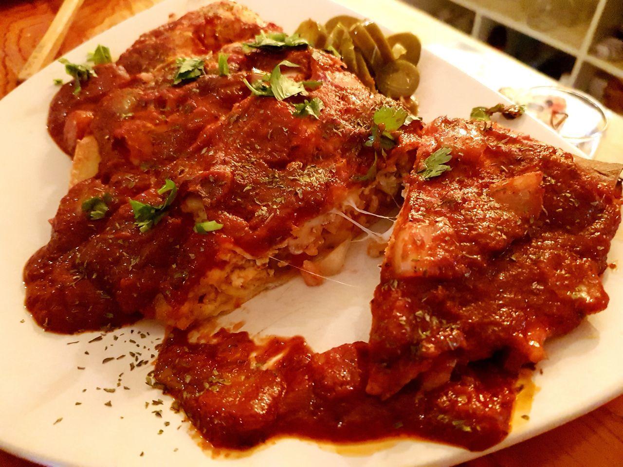 전대후문 Corona 전대코로나 Food Appetizer Plate 깔조네 Calzone