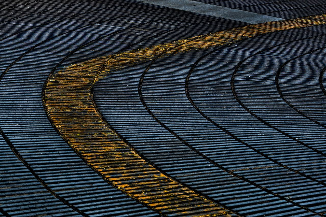 no people, curve, outdoors, road, backgrounds, full frame, pattern, day, nature, water