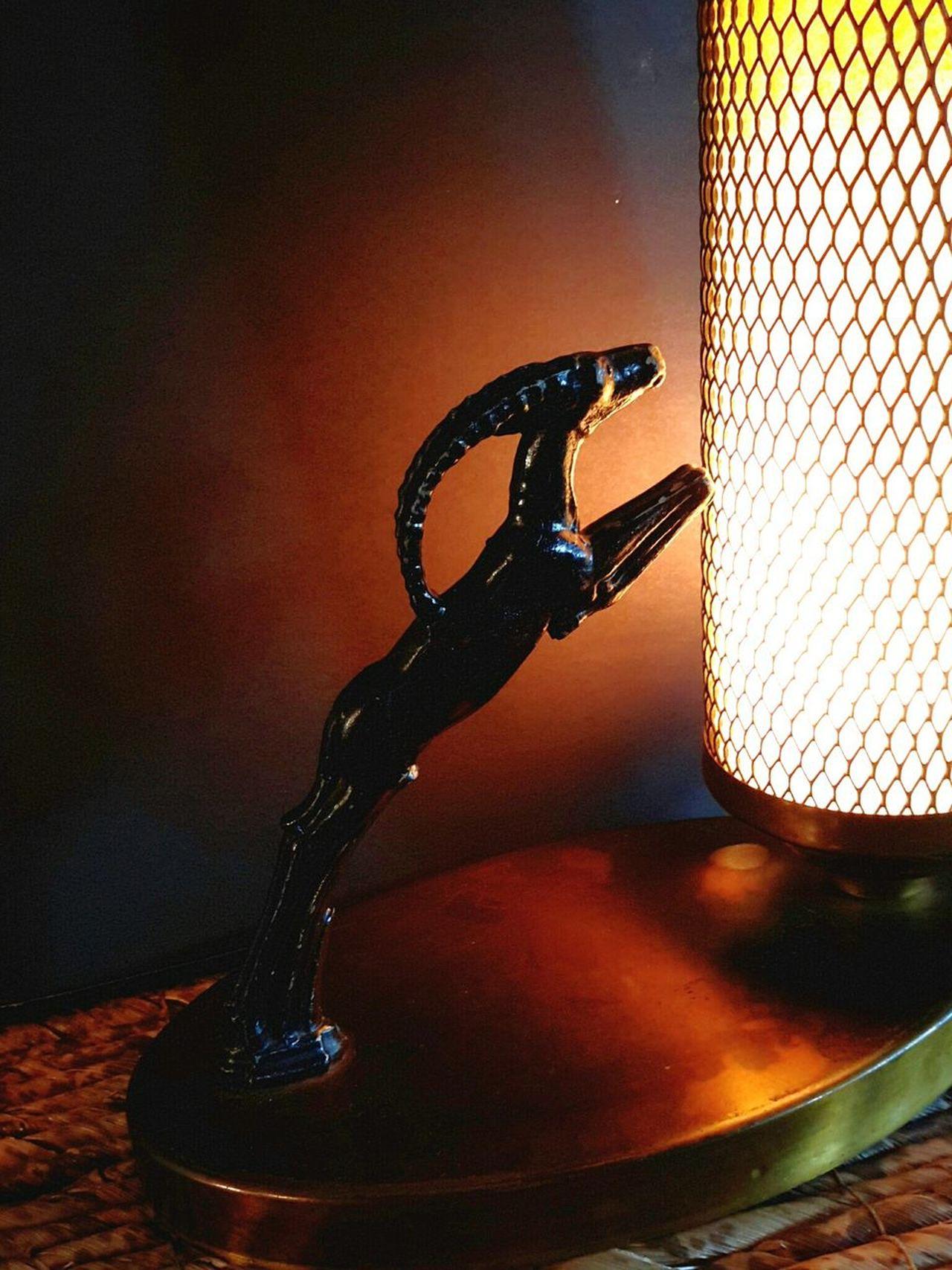 Art Deco gazelle lamp circa 1920s Super Retro Antiques Vintage Light Up Your Life Artdeco Retro Style Antique Lamps Gazelle Animal Representation Animal Figure Lieblingsteil