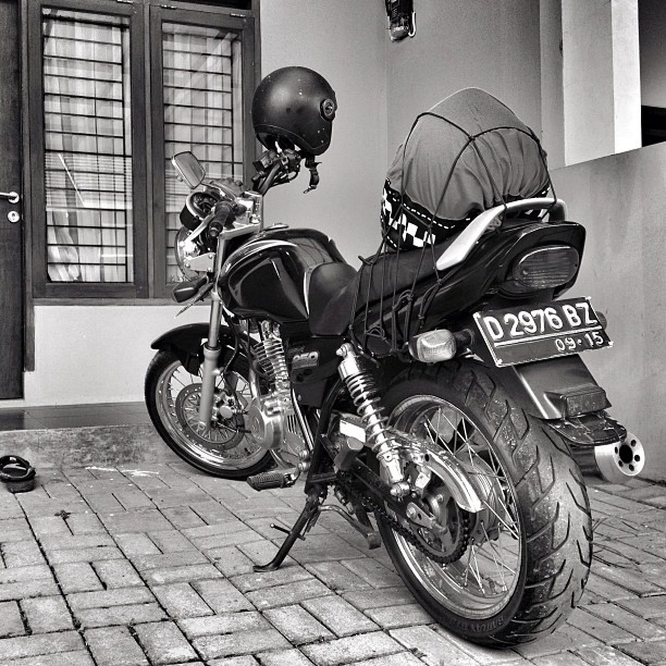 Iphoneonly Bike Suzuki Gsx250 gs250 bw bnw blackandwhite monochrome