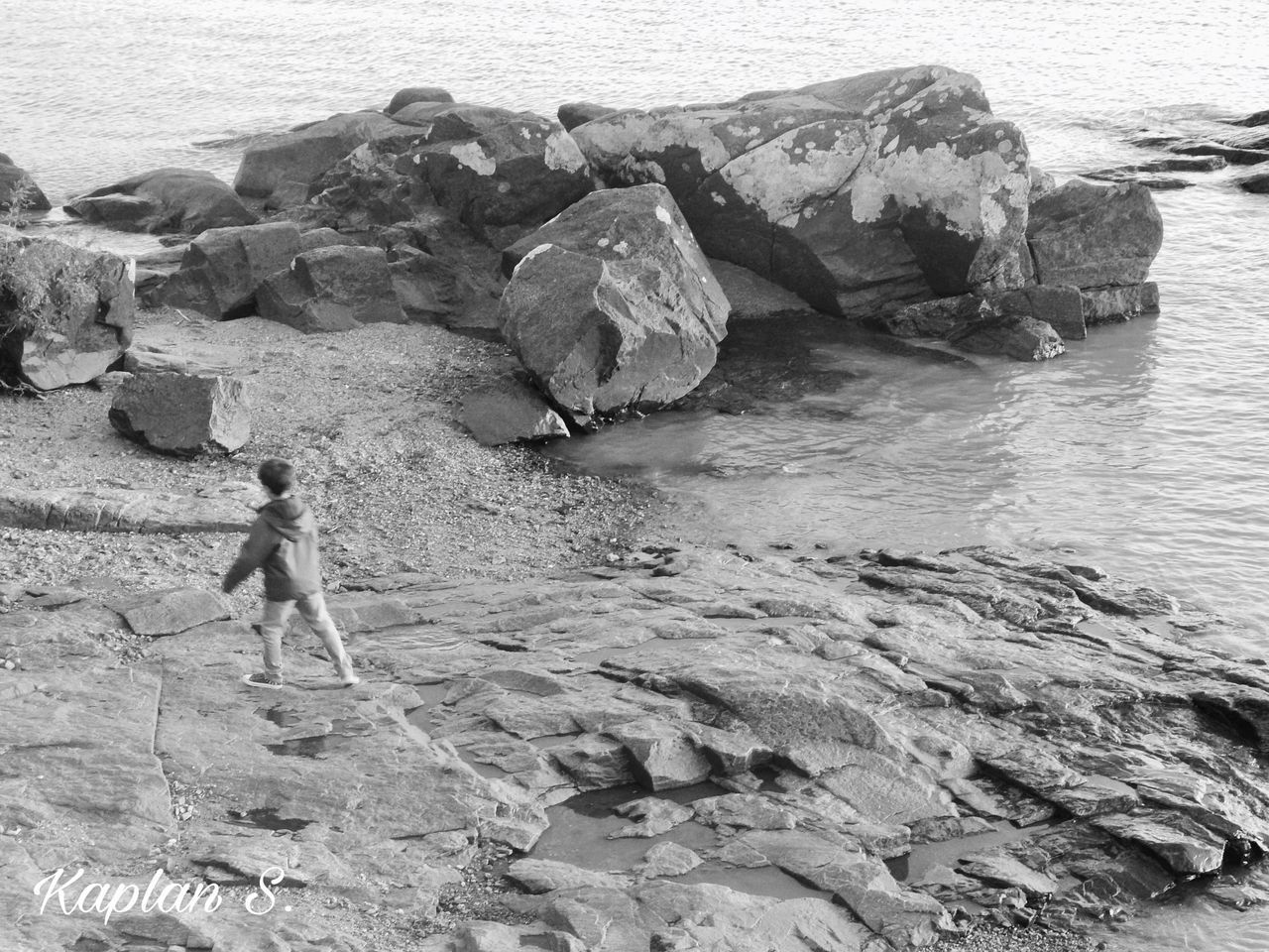 inocence 1 BW Beach Beauty In Nature Check This Out Child Children Day Full Length Inocence  Kids Kidsphotography Move Movement Movement Photography Nature One Person Outdoors Photography Rock - Object Rocks Running Sand Sea Vacations View Water