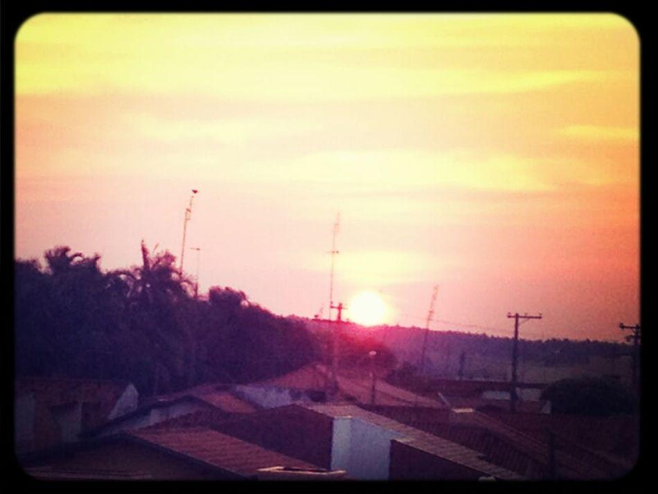 """""""E a vista do por do sol,é mais bonita quando olhamos pra ela"""" Working Walking The Stairs Beauty"""