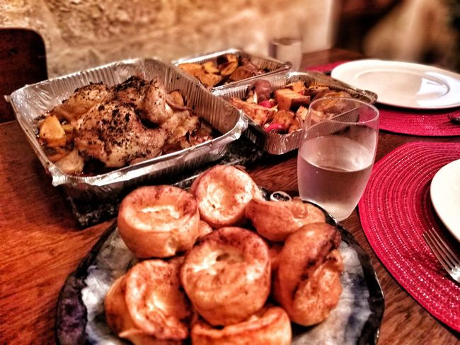 EyeEm Selects Table Plate Food And Drink Food No People Indoors  Freshness High Angle View Meat Day Ready-to-eat Healthy Eating Close-up Roasted Chicken Roast Dinner Yorkshire Pudding