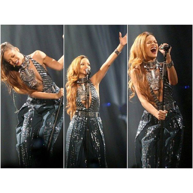 DIAMONDSWORLDTOUR @badgalriri Diamondsworldtour DWT Rihannanavy Rihanna RirinavyslayNavyShitNavyFamilyNavyfollowfollowmeFollowForFollowfollowbackFollow4followf4flikelikeback10likeslikeforlikelike4likelfll4lbeautyfashionstyleRobyn