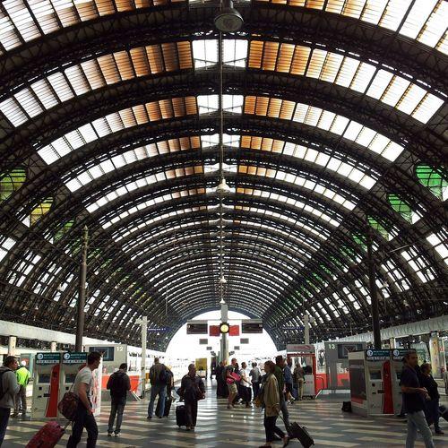 Milano, stazione centrale Italy Symmetry Station Milano Stazione Centrale First Eyeem Photo