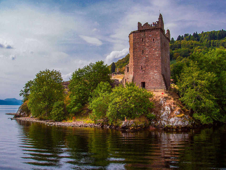 Ambient Scenic Travel Photography Travel Check This Out EyeEm Gallery UrquhartCastle Urquhart Castle Castle Ruin Castle Ruins Scotland Scotlandlover Lochness Loch Ness Reflections In The Water Reflection In The Water Exceptional Photographs Relaxing Fine Art Photography Showcase July Colour Of Life Colours Of Life