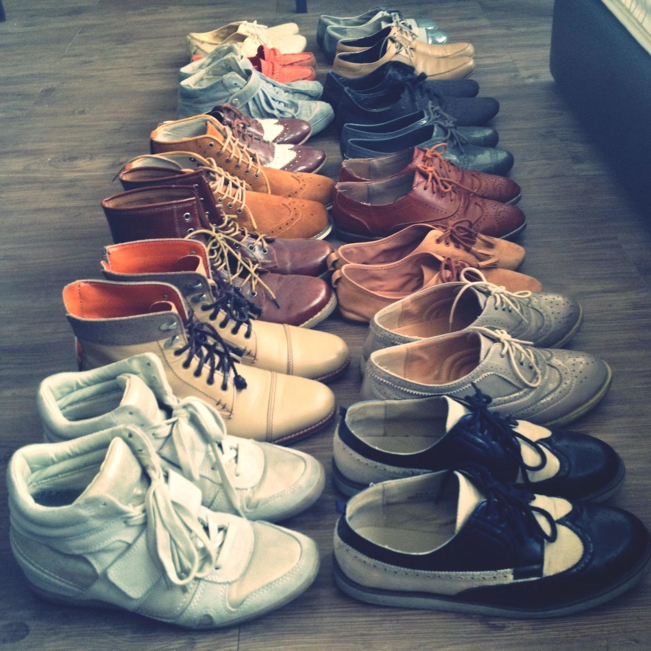 i love shoes... but i hate packing... pffft! Shoes Traveling Packing