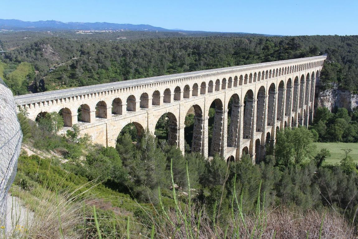 Architecture Tree Outdoors Bridge - Man Made Structure Built Structure Day Aqueduc Pont History Arch Tree Architecture