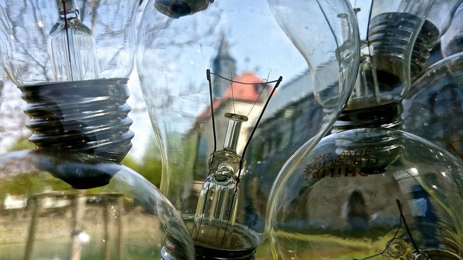 BestEyeemShots Church Close-up Day Detail Focus On Foreground Glühbirne Kirche Kloster Lightbulb Lightbulb Moment... Lightbulbs No People Reflection Selective Focus Showcase May Still Life Upside Down Volkenroda Architecture Architectural Detail Architecture_collection Art
