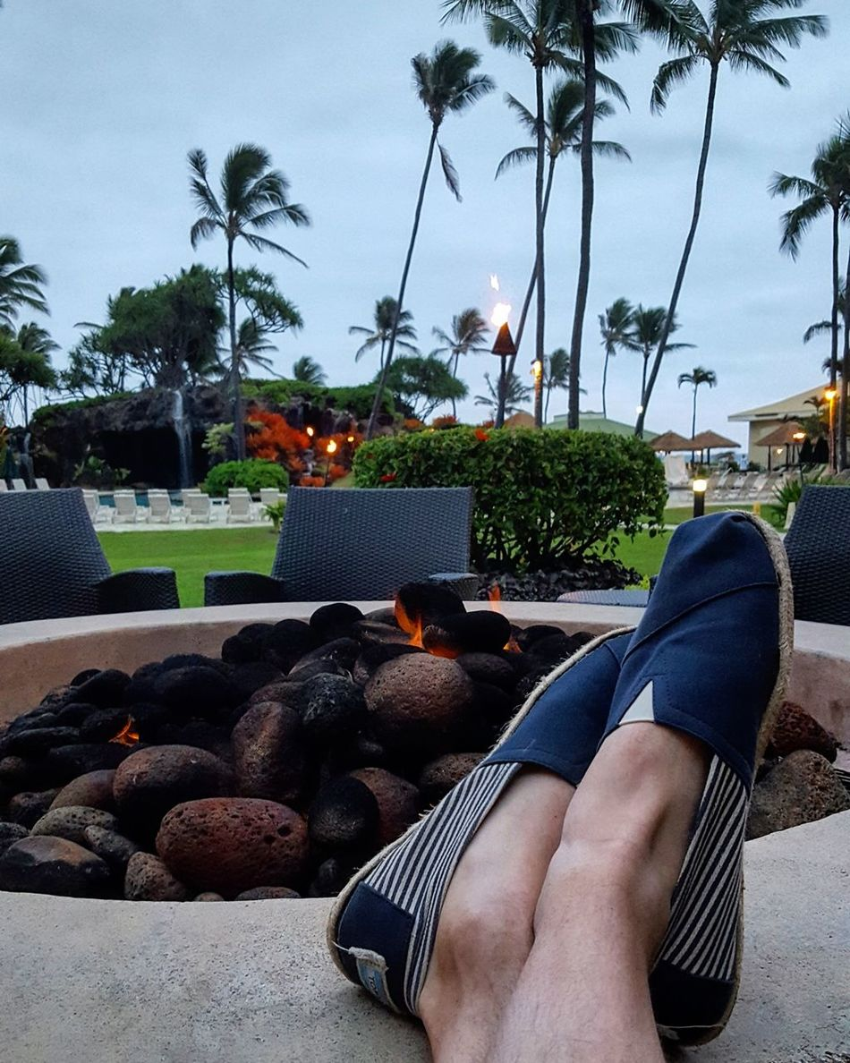 Real People Low Section Relaxation Human Body Part One Person Barefoot Human Leg Lifestyles Tree Leisure Activity Adult Men Women Adults Only Day Outdoors Sky People Kauai Hawaii Serene People Happiness Tree Beach Vacations