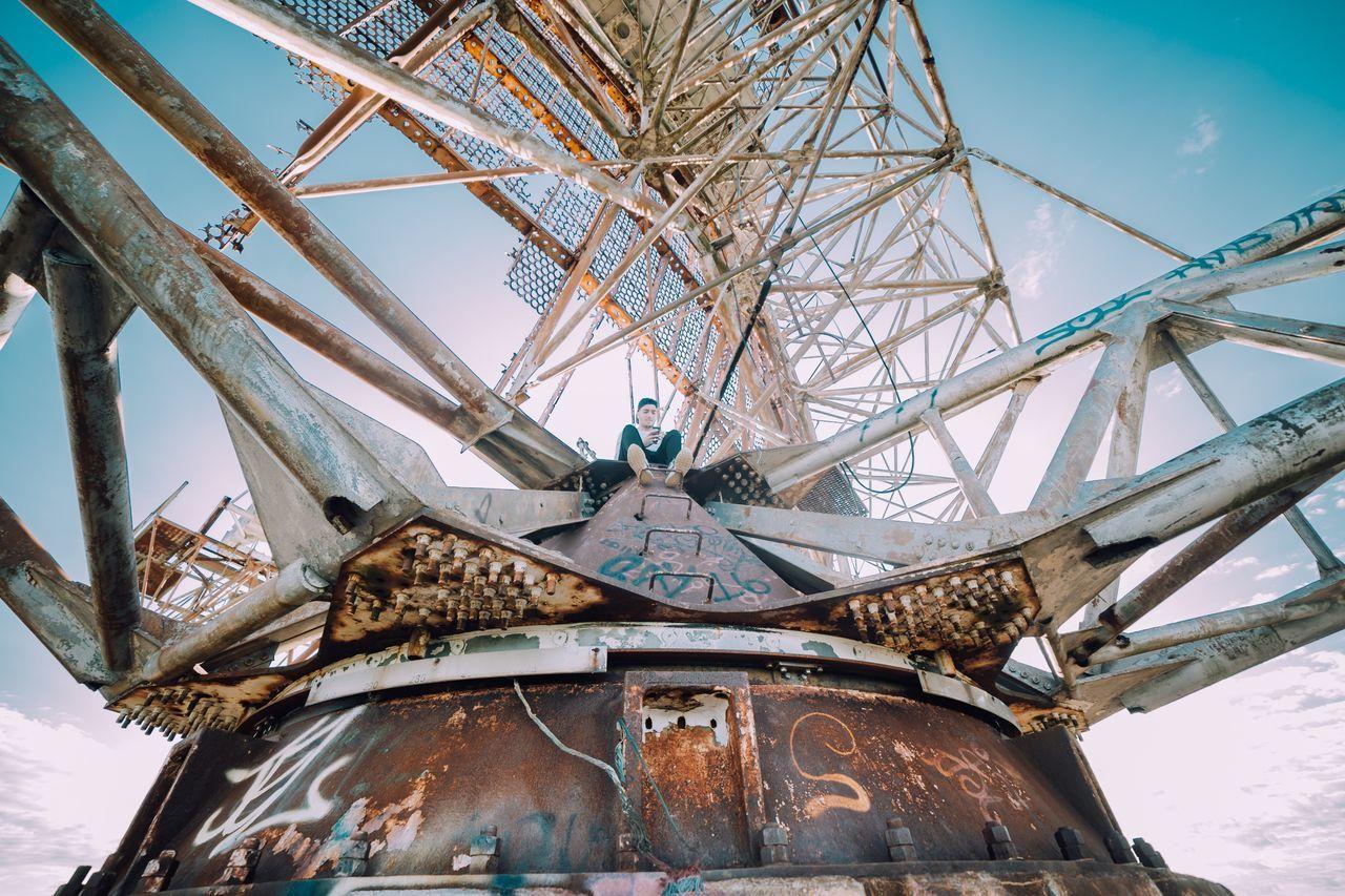 High up on top of an abandoned radar tower 🔥📸 Urbex Rooftop Camp Hero The Week On EyeEm