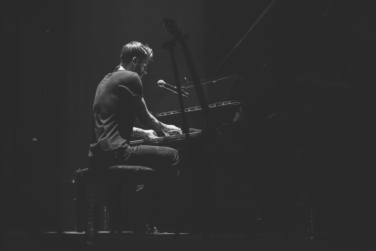 Justinas Jarutis performing at Šv. Kotrynos bažnyčia. Freaks On Floor // Acoustic Waves. 2017. Arts Culture And Entertainment One Person Music Musician Indoors  People Musical Instrument Pianist Piano Performance Stage Event Musicphotography Concert Photography Man Singer  Concert Blackandwhite Music Black And White Emotion Stage - Performance Space