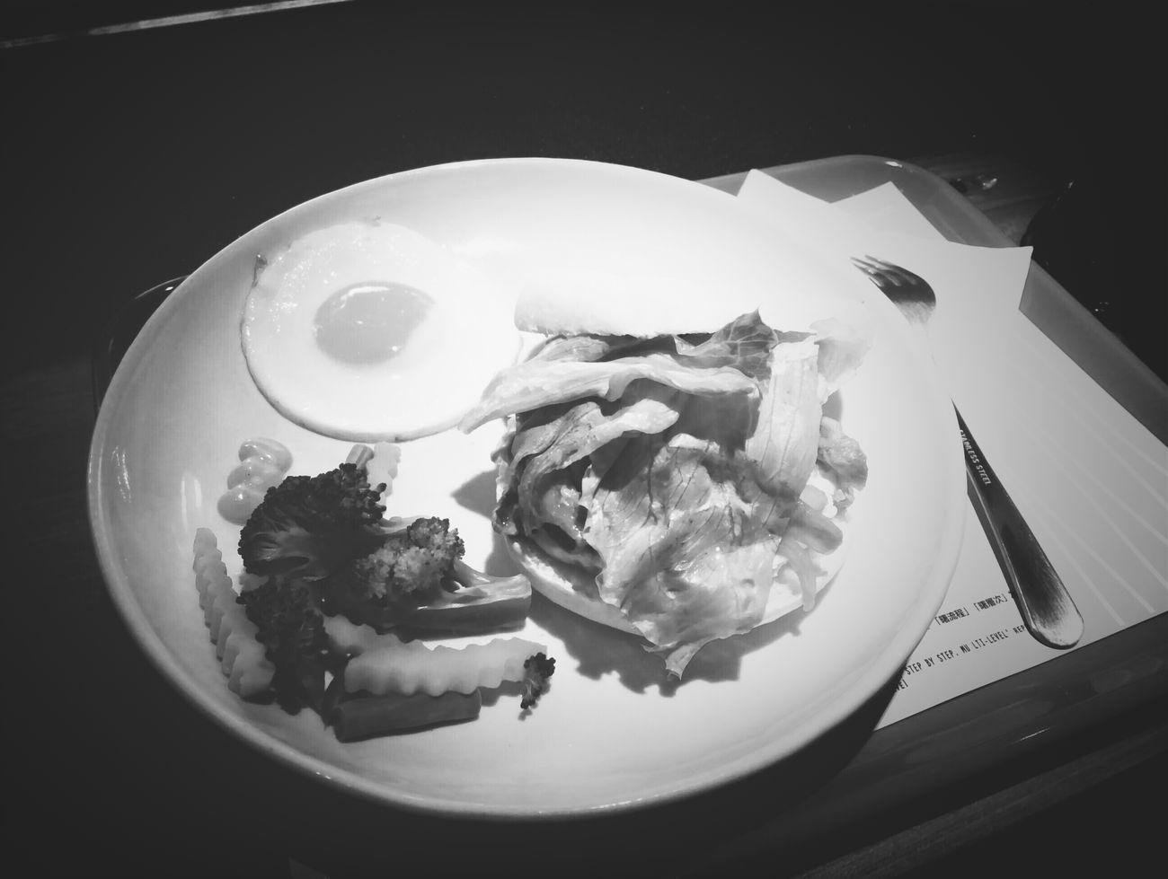 沒有享受美食的心,味蕾簡直盲。 一口嚐味兒,再口嚐精髓