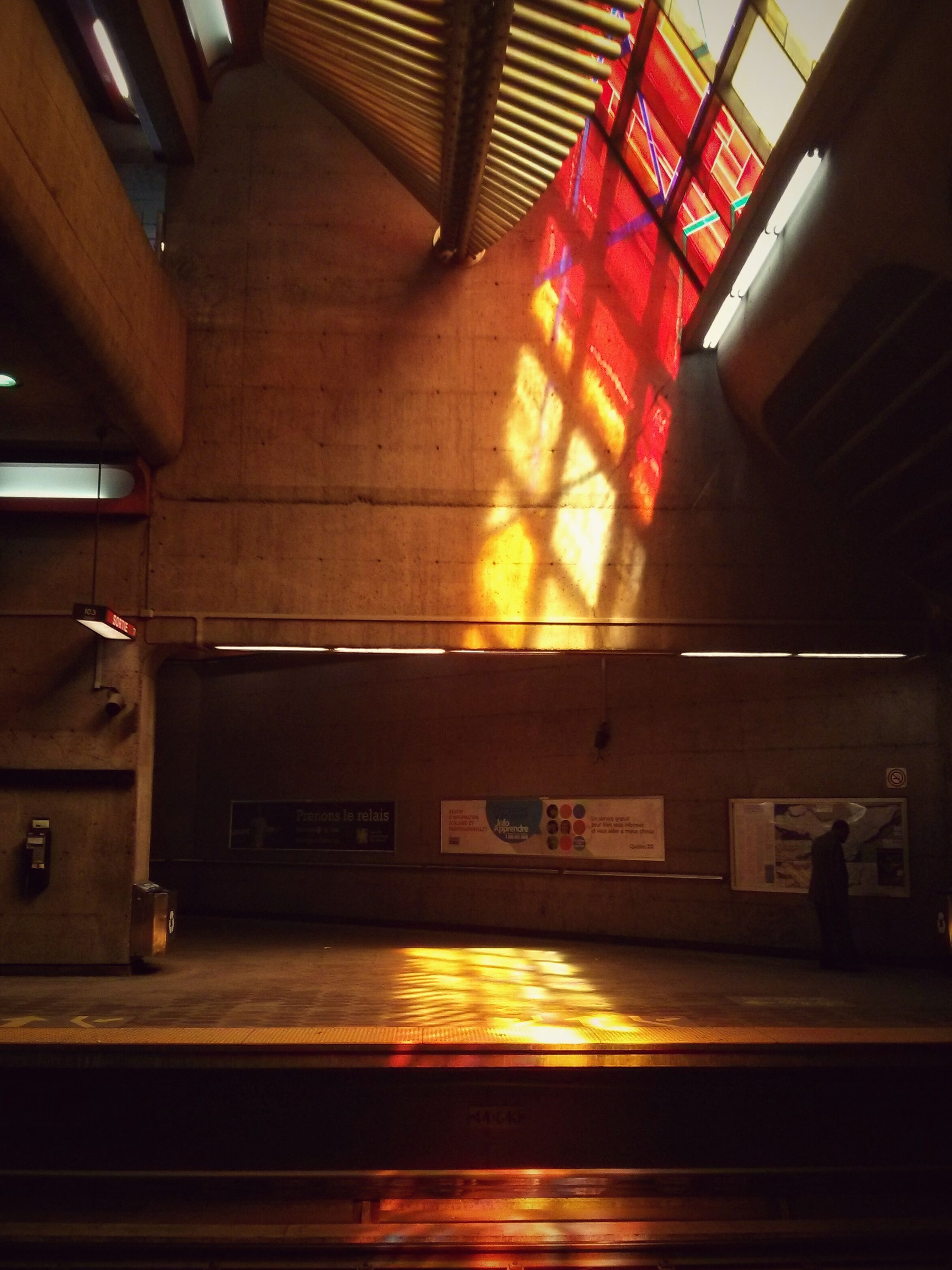 Stained Glass Colour Metro