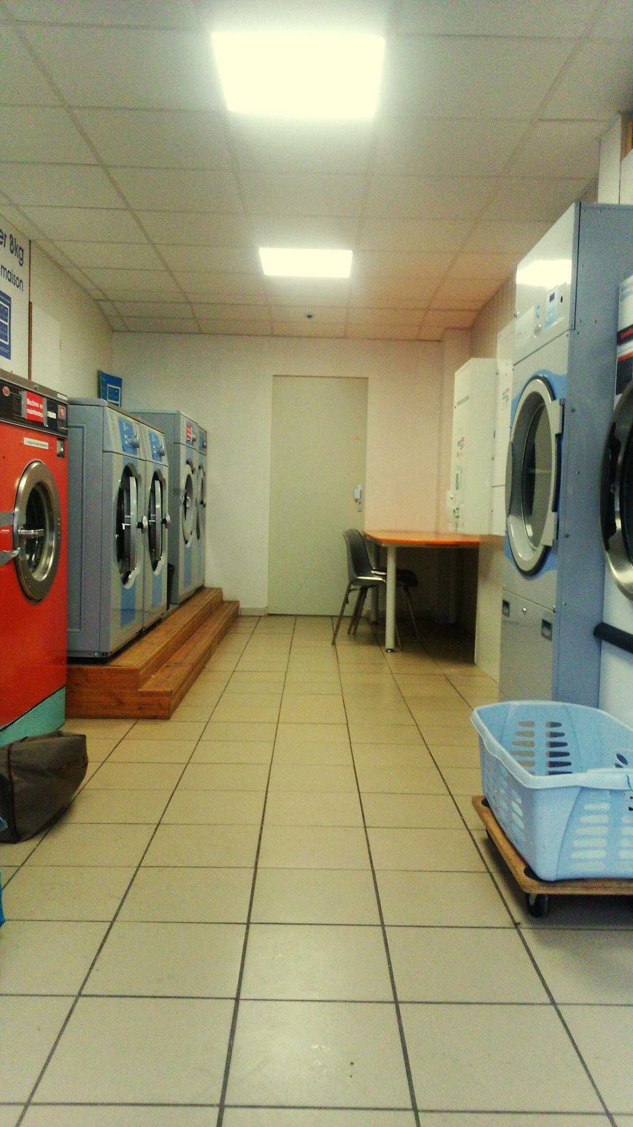 Dimanche laverie... No People Laverie Dimanche Washing Machine