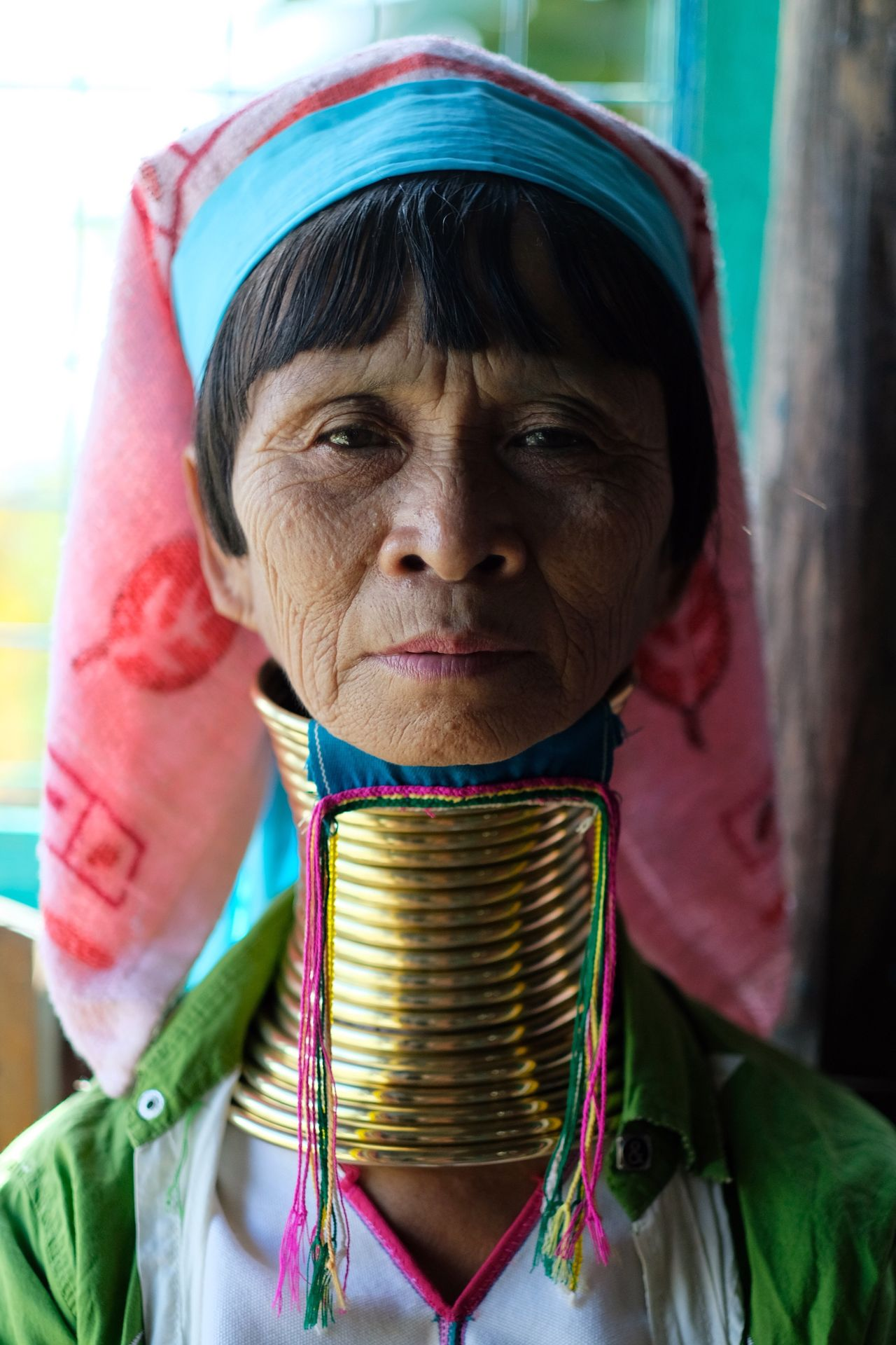 Headshot Looking At Camera Portrait One Person Traditional Clothing Necklace People Headwear Outdoors Adult Day Tradition Culture Ring Gold Stretching EyeEm Best Shots EyeEm Gallery Check This Out Popular Photos Women Around The World Woman in Floating Market Inle Lake , Myanmar MISSIONS: The Portraitist - 2017 EyeEm Awards