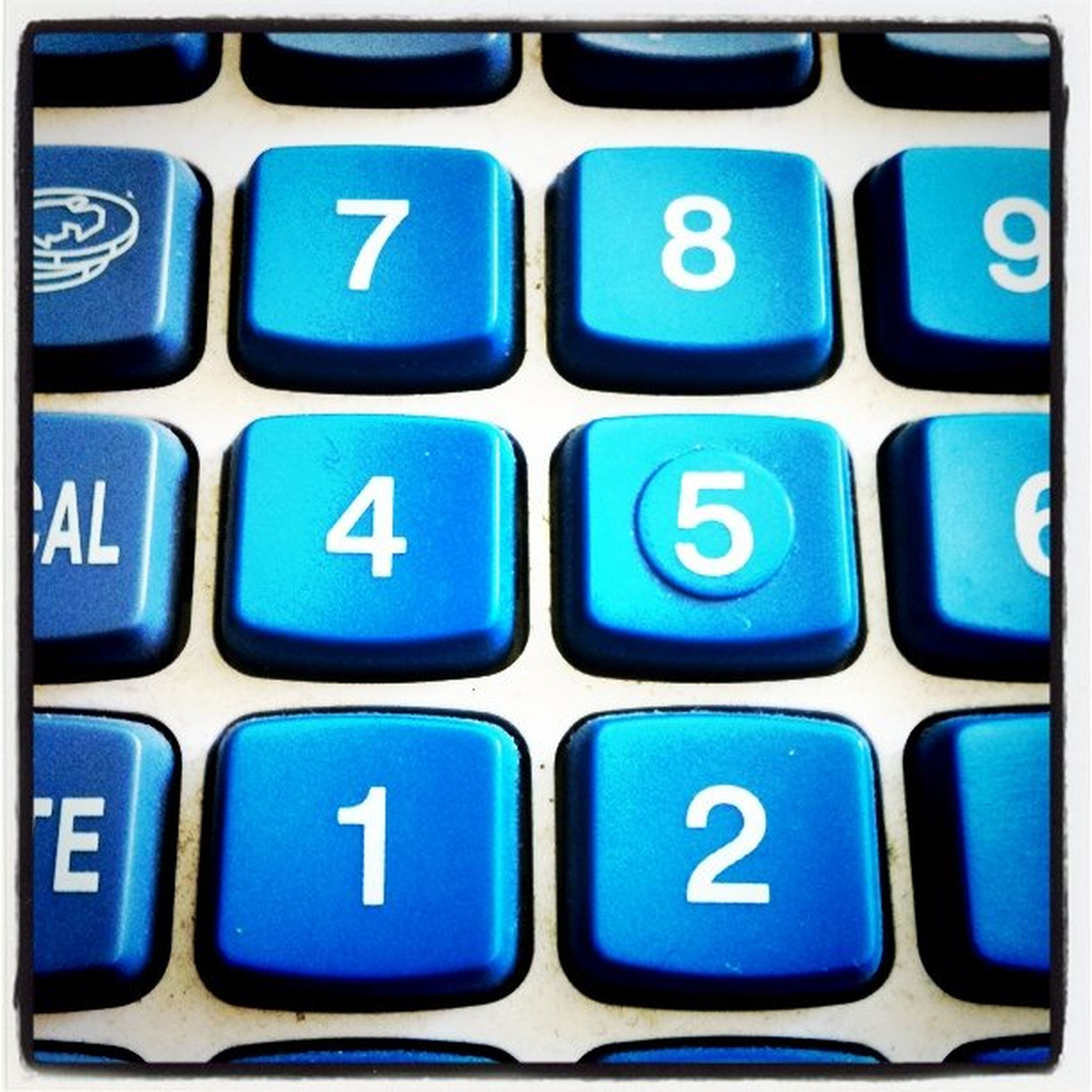indoors, full frame, backgrounds, close-up, blue, computer keyboard, communication, number, technology, alphabet, geometric shape, high angle view, connection, studio shot, circle, computer key, pattern, multi colored, green color, detail