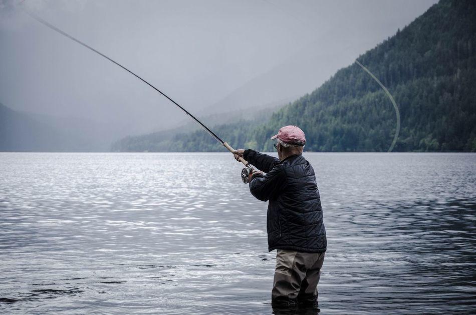 Trout are rising! Olympicnationalpark LakeCrescent PNW Flyfishing  Washington Olympicpeninsula Casting Nature