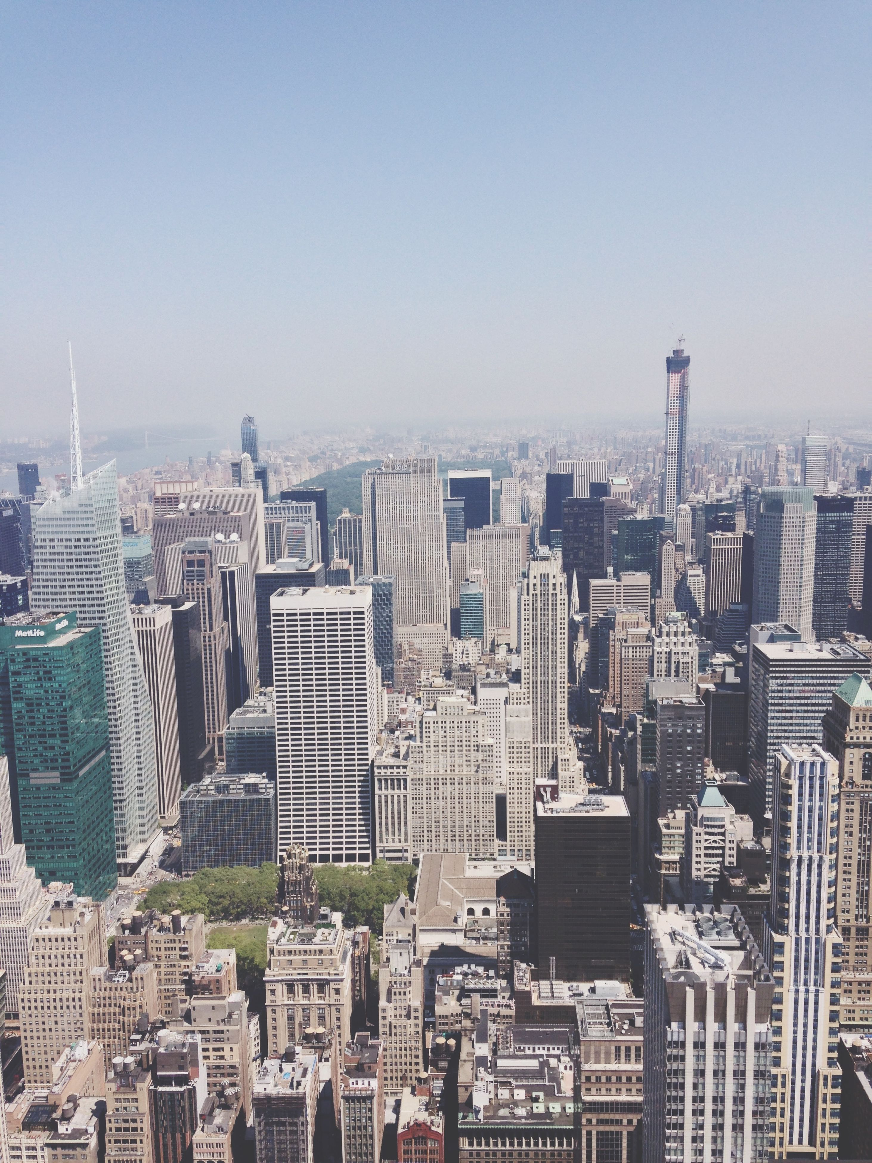 building exterior, architecture, cityscape, city, built structure, skyscraper, clear sky, tower, crowded, tall - high, copy space, office building, modern, high angle view, capital cities, residential district, urban skyline, financial district, tall, city life
